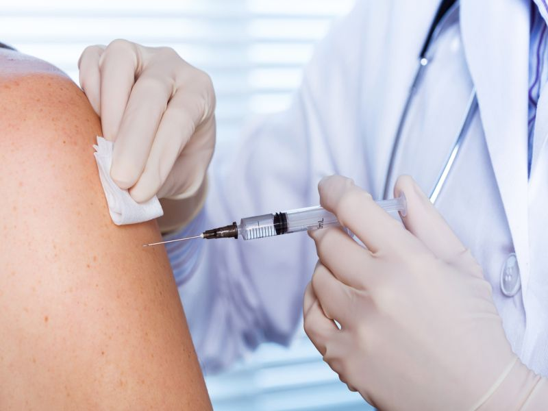News Picture: Get Vaccinated Before Flu Takes Hold: CDC